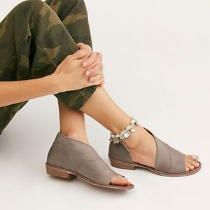 Free People dark grey Mont Blanc Sandal